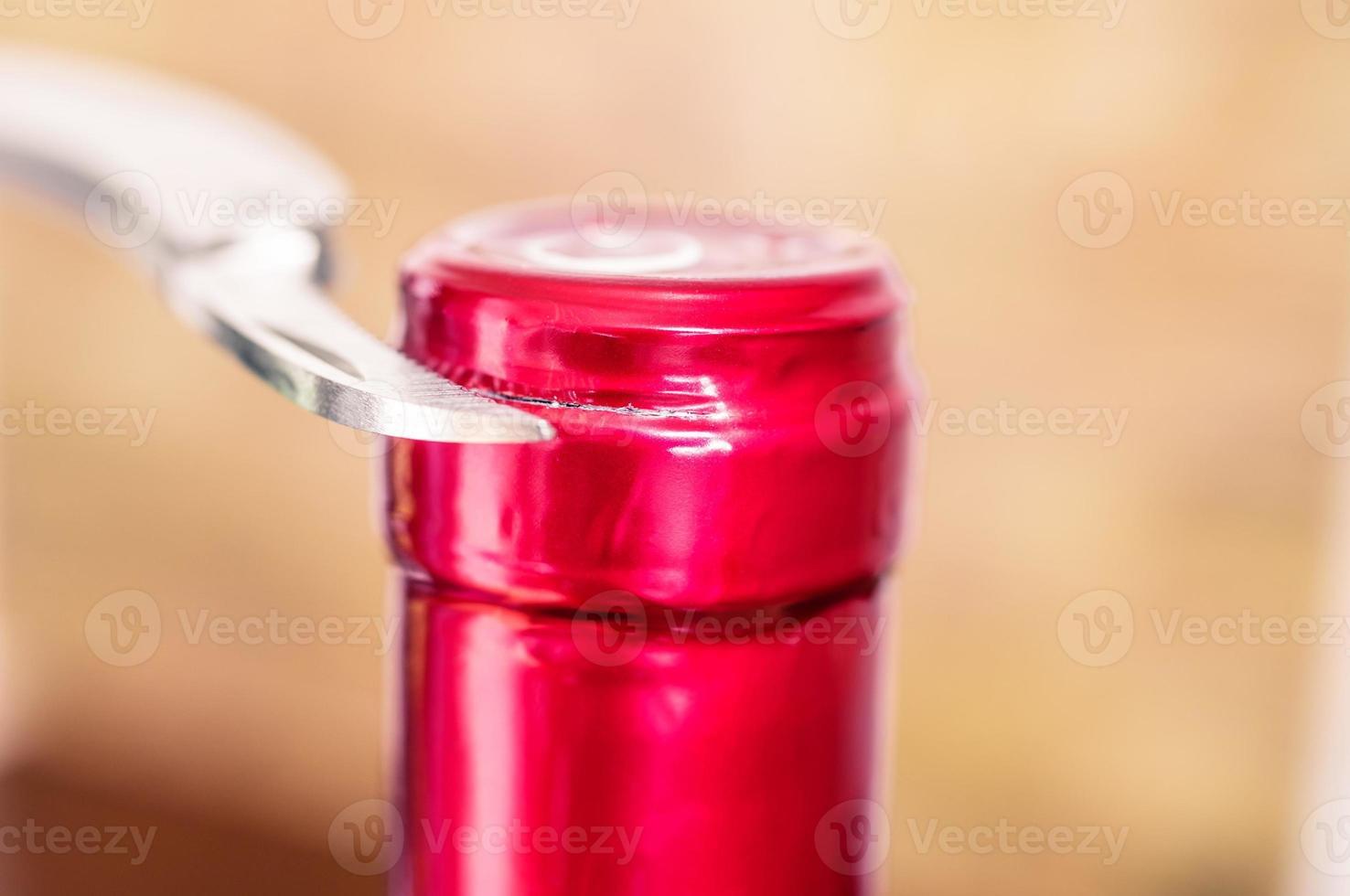 faca de corte tampa de alumínio para vinho foto