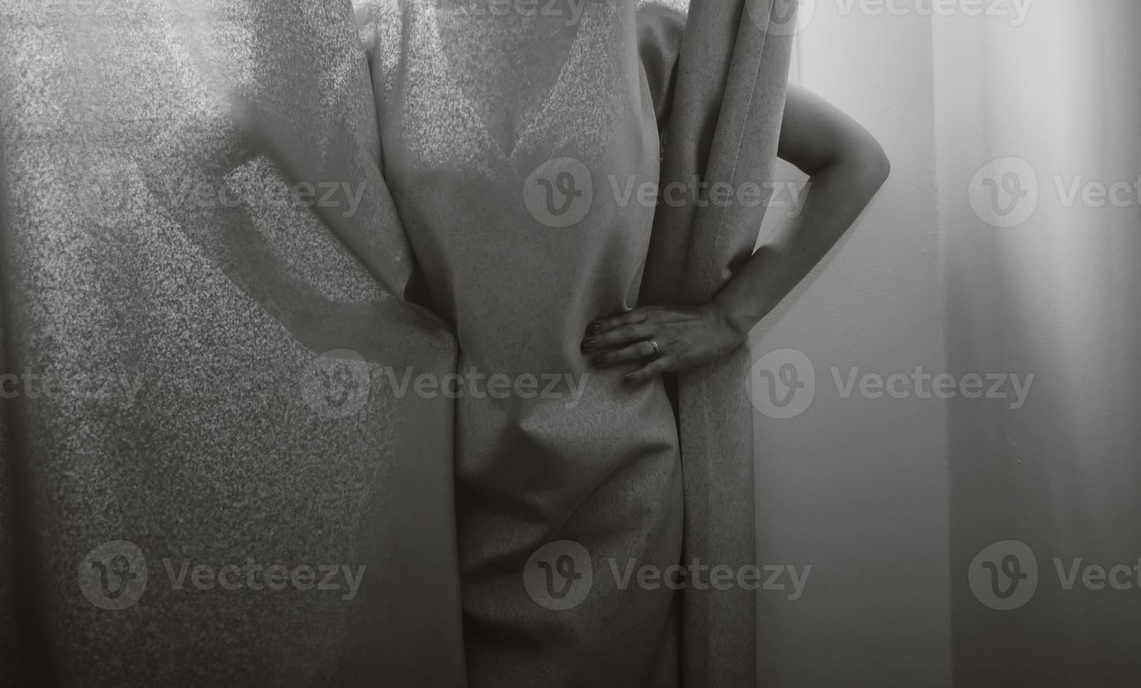 bela jovem noiva no dia do casamento. foto