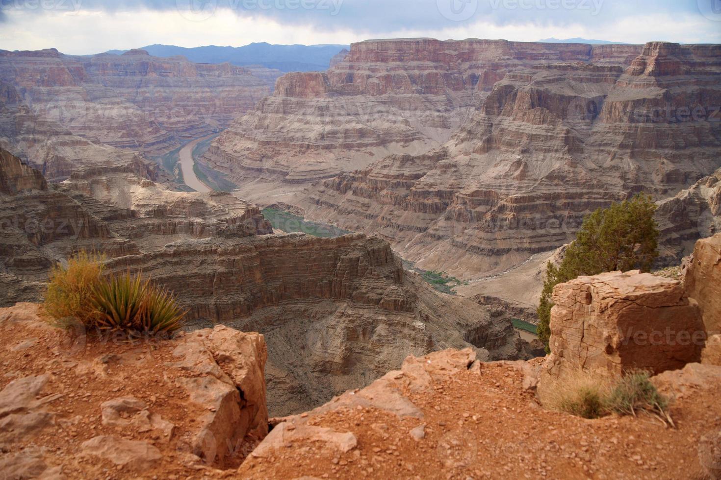 grande canyon e rio colorado foto