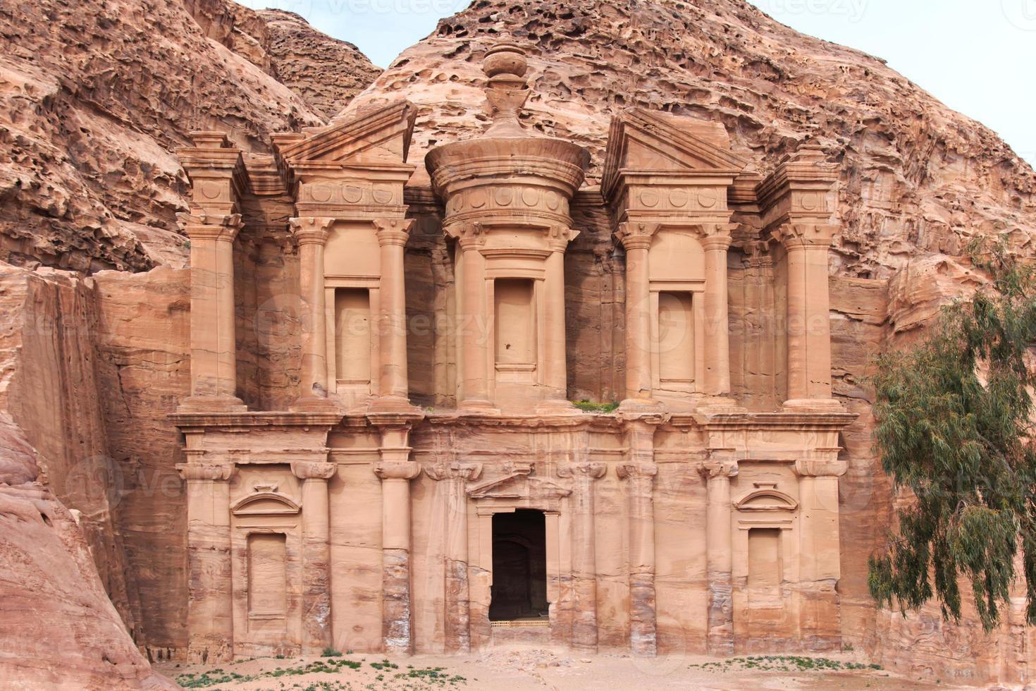 templo antigo em petra, Jordânia foto