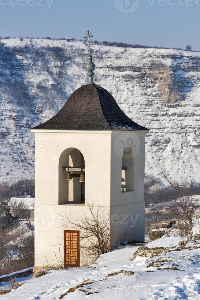 mosteiro orhei vechi de inverno. moldova foto