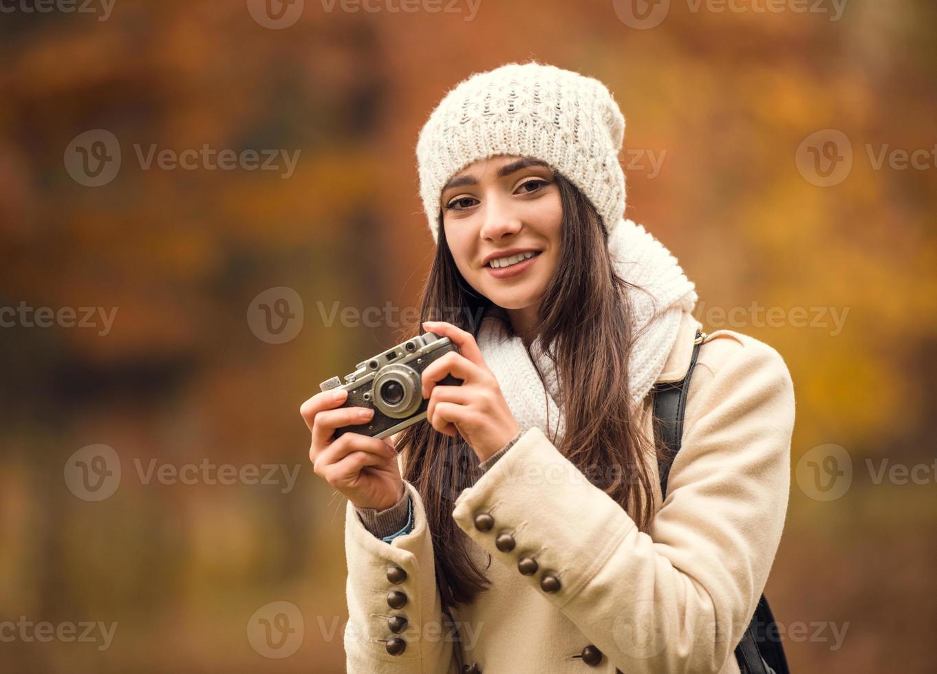 caminhar no parque de outono foto