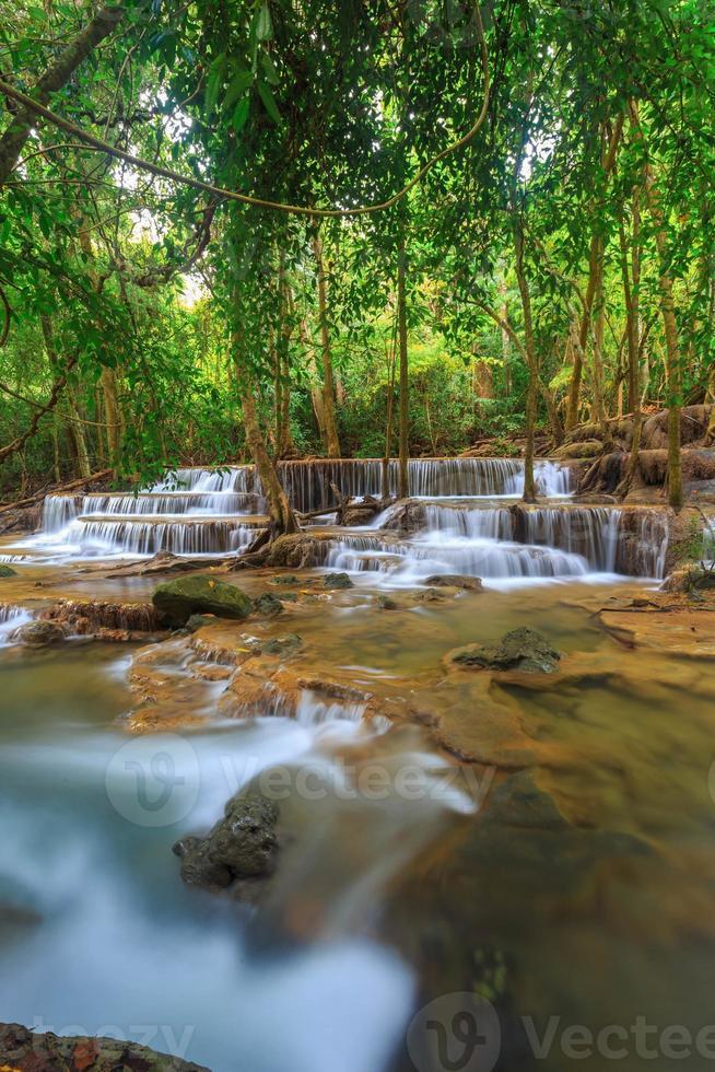 cachoeira huay mae khamin foto