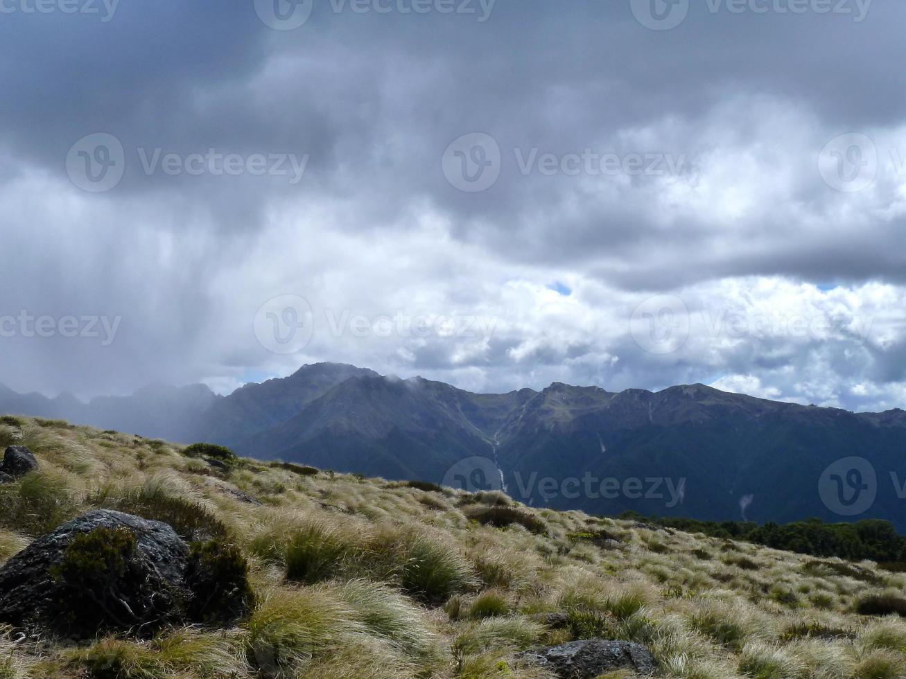 chuva nas montanhas foto