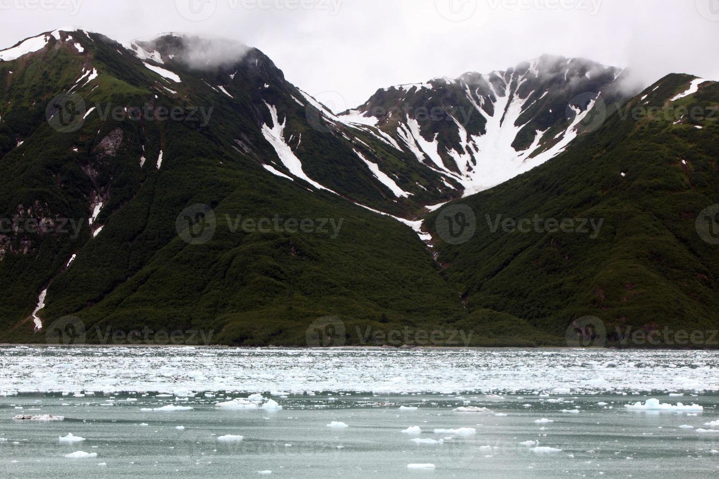 montanhas do alasca, eua foto