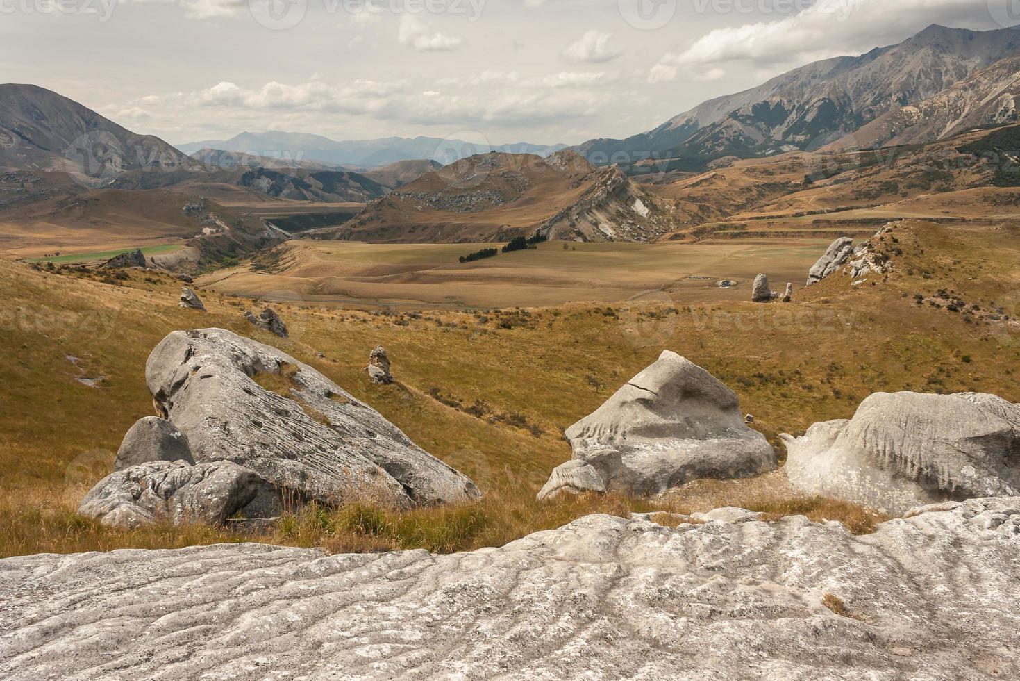 pedregulhos na colina do castelo, nova zelândia foto