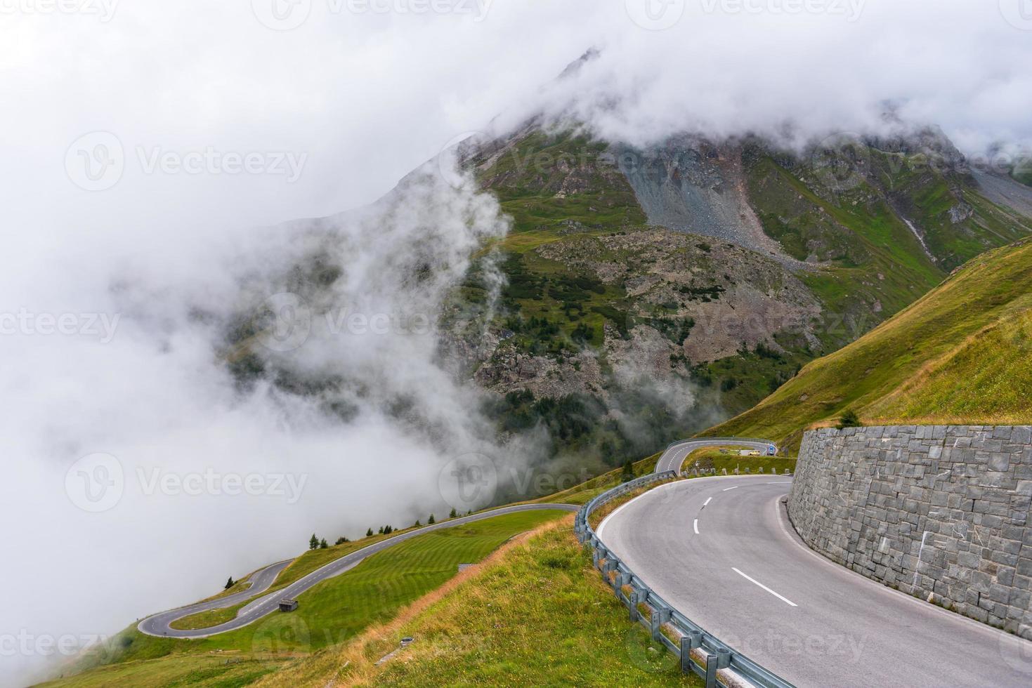 a estrada alpina grossglockner foto