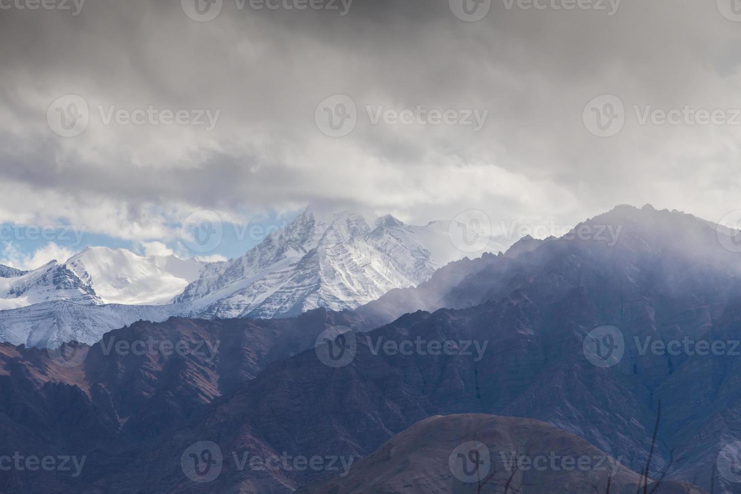 cordilheira de neve, leh india foto