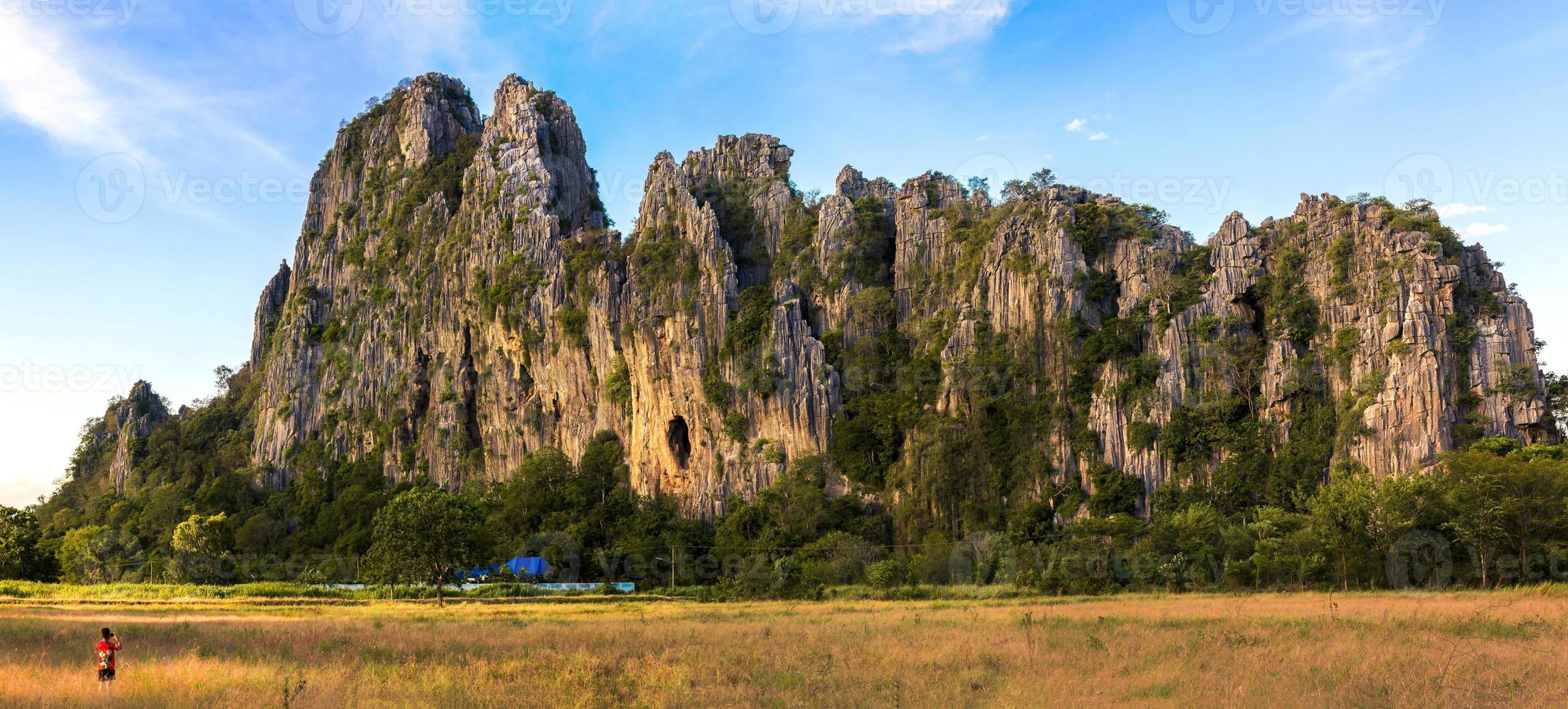 montanha patawee, uthai thani thialand foto