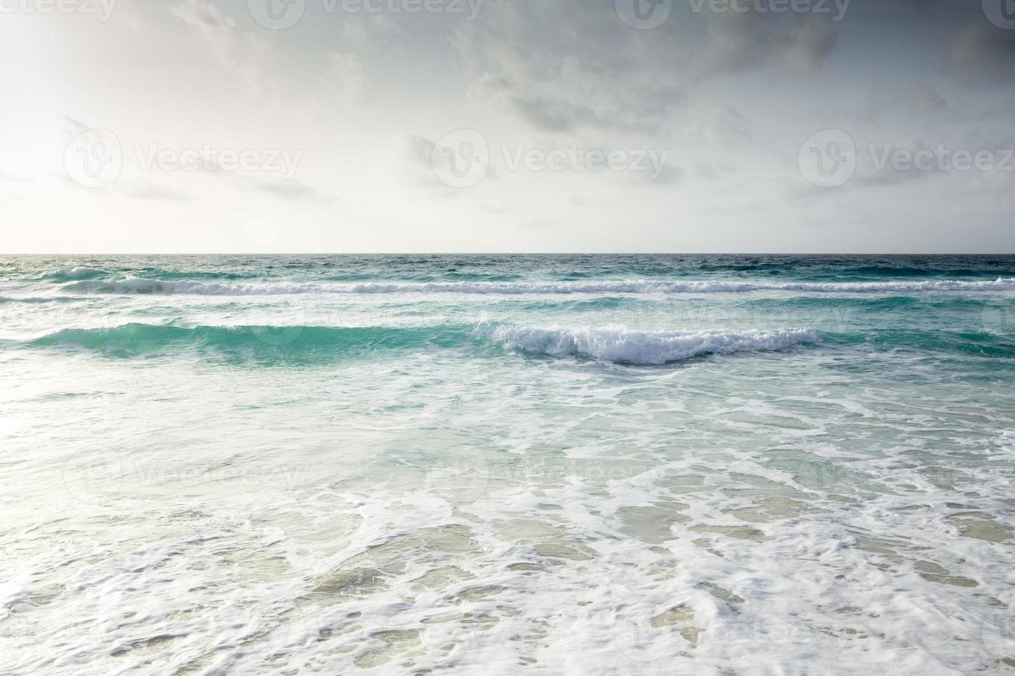 vista para o mar em cancun, méxico foto