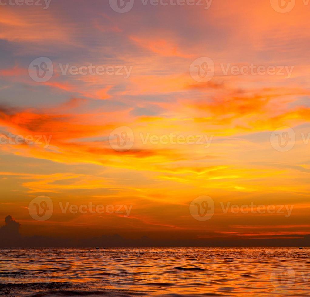 mar do nascer do sol tailândia kho tao bay mar da china do sul foto