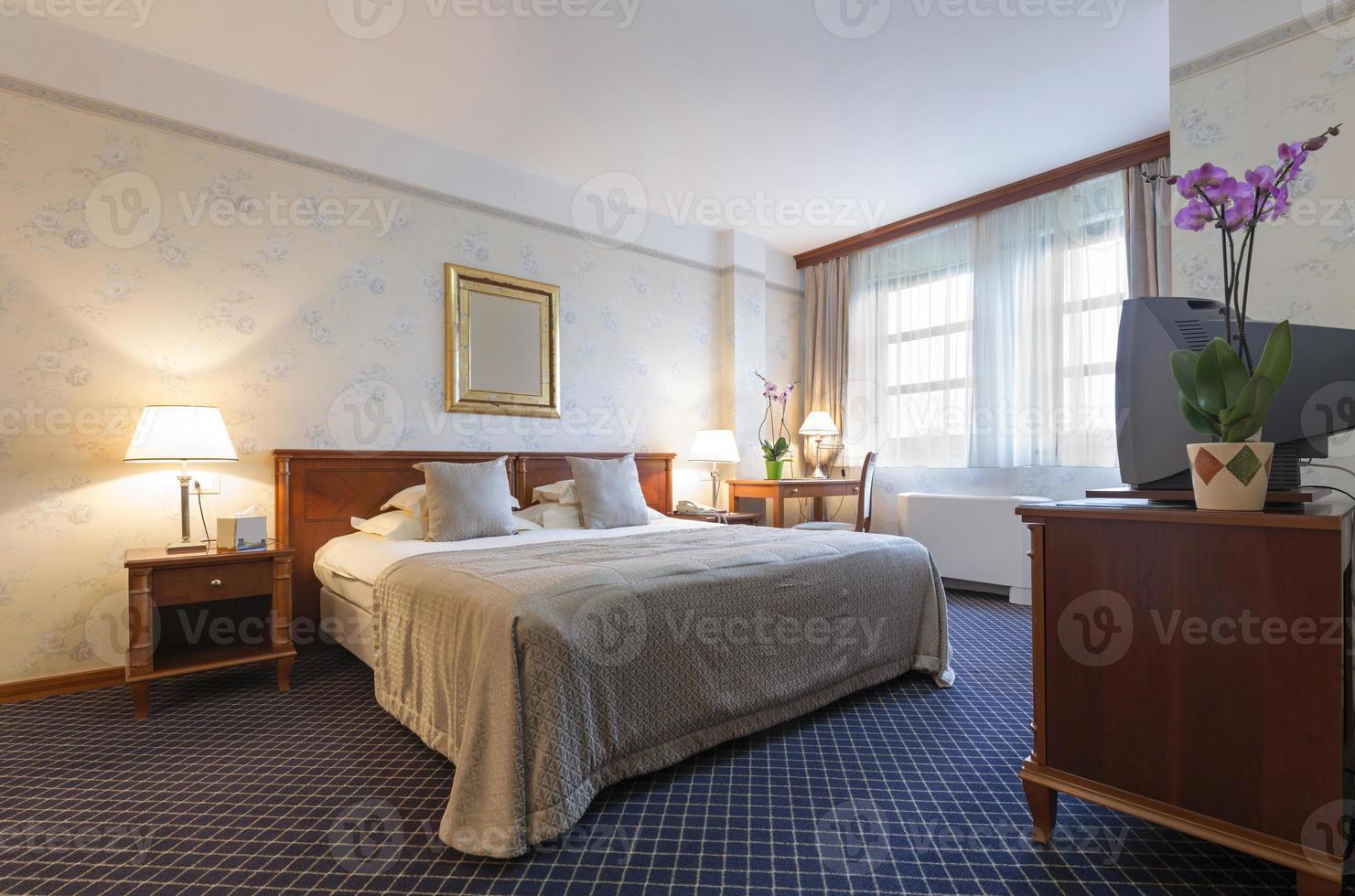 interior do quarto de hotel foto