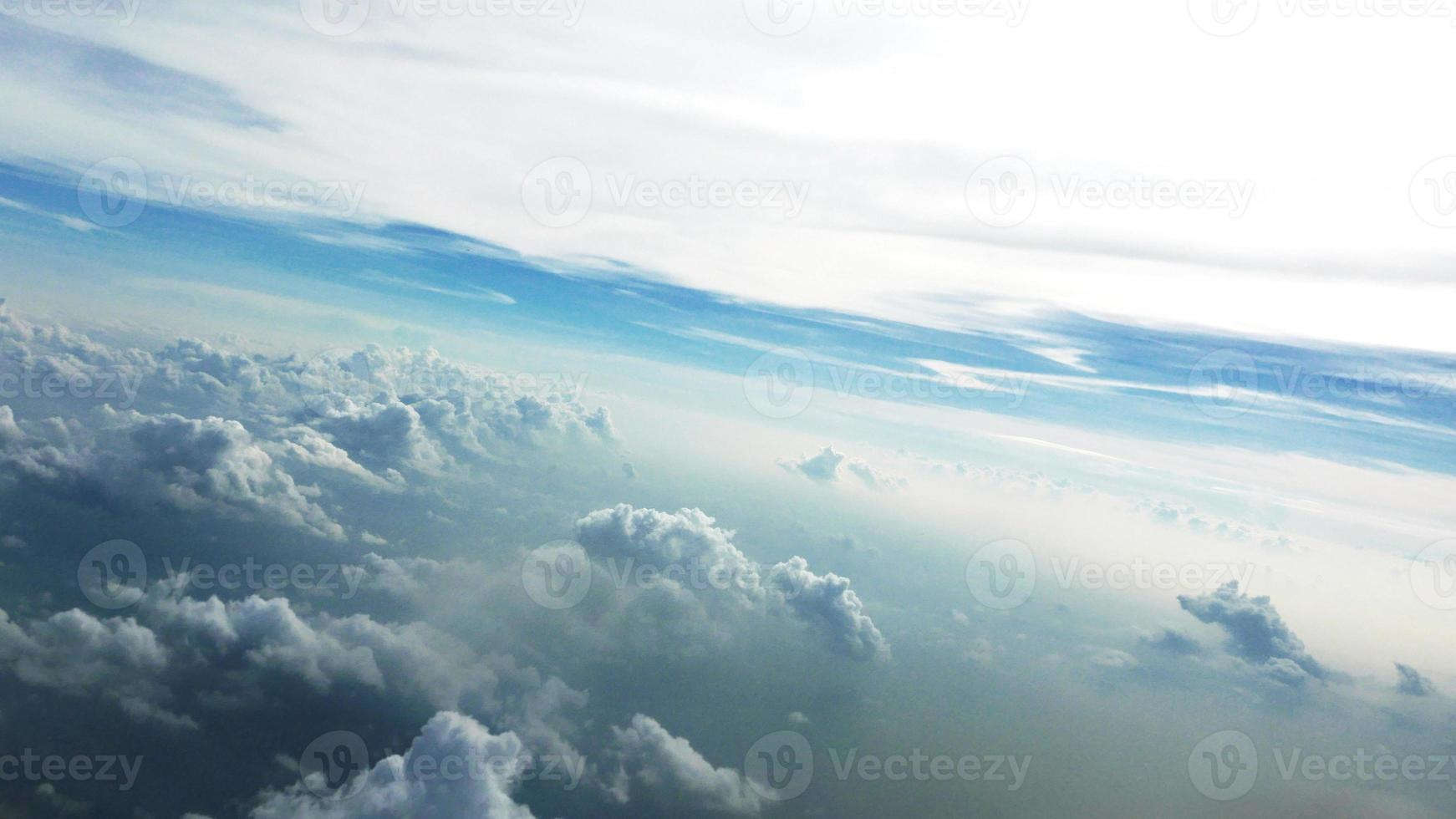 acima da nuvem foto