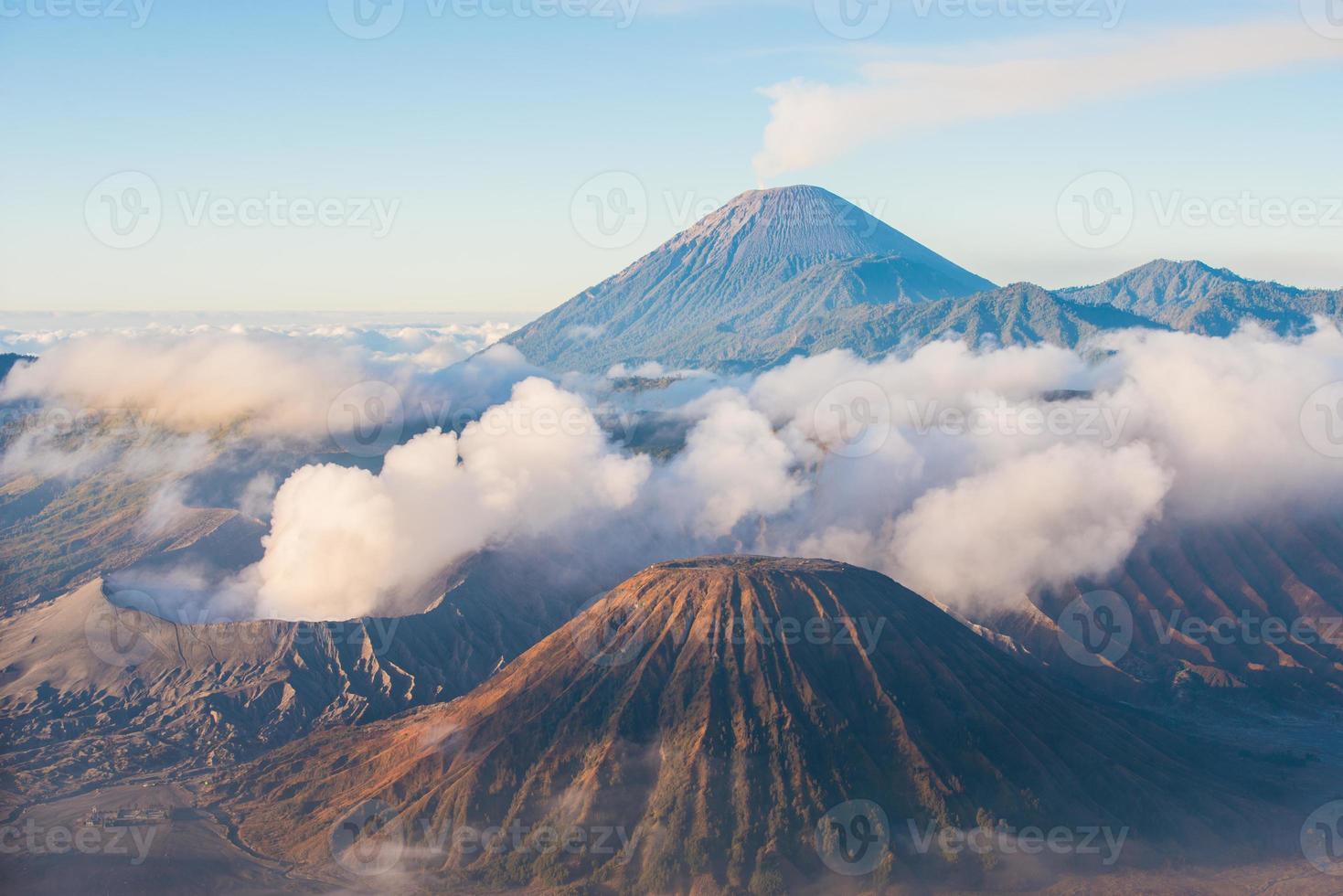 Vulcão Mount Bromo, East Java, Surabuya, Indonésia foto