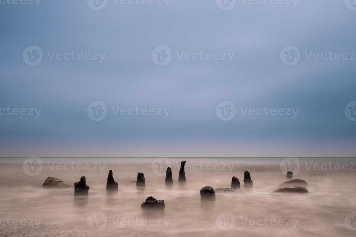 groynes no mar Báltico foto