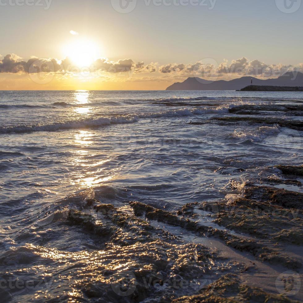 nascer do sol no mar. Maiorca foto