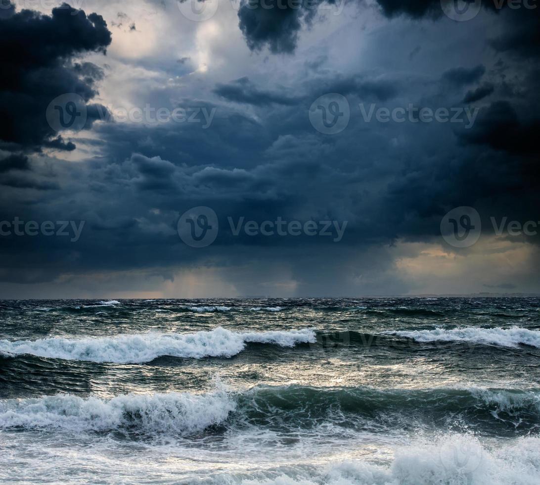 vista da paisagem de tempestade foto