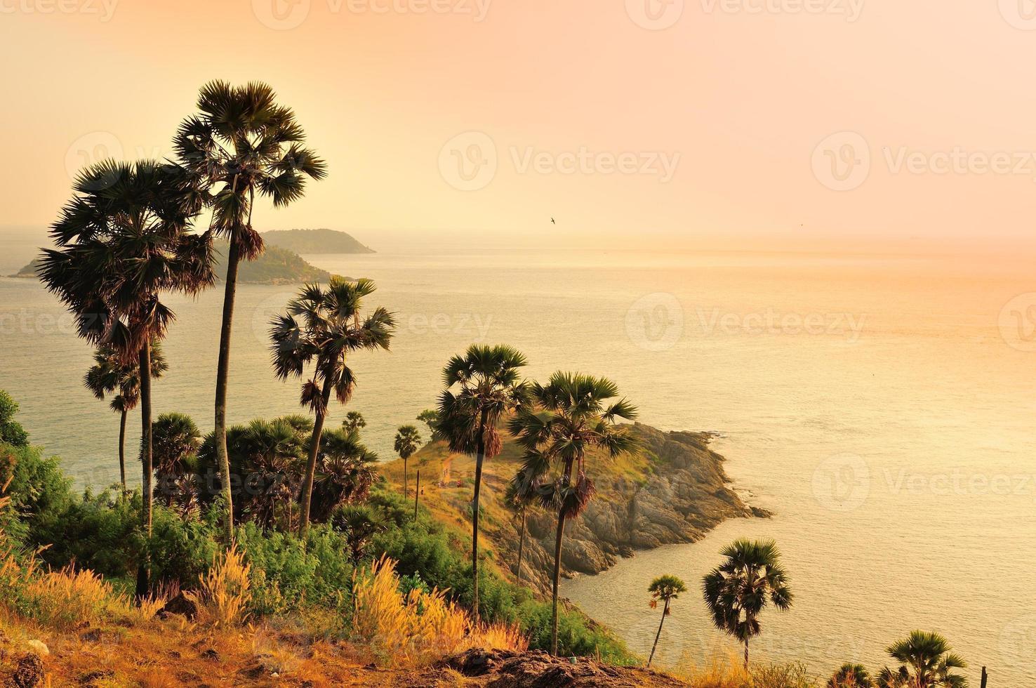 cabo famoso, bom ponto de vista em phuket, tailândia foto
