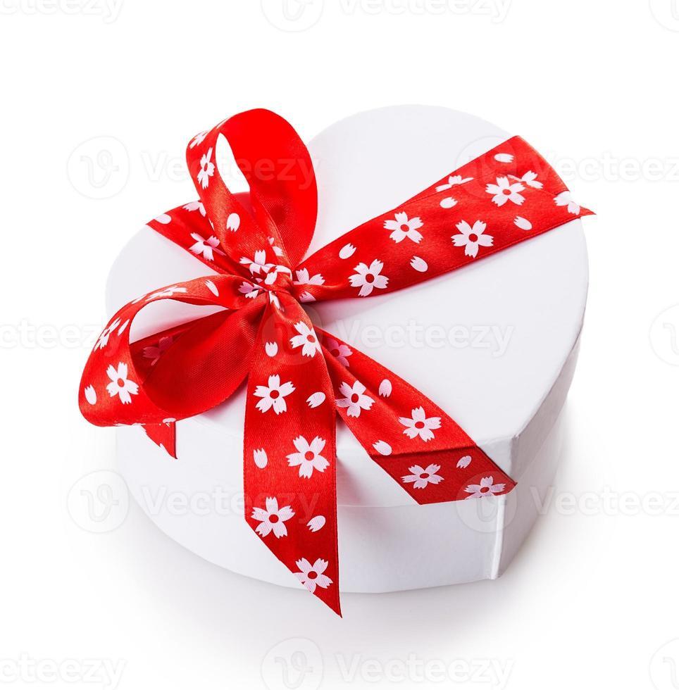 caixa de presente branca coração foto
