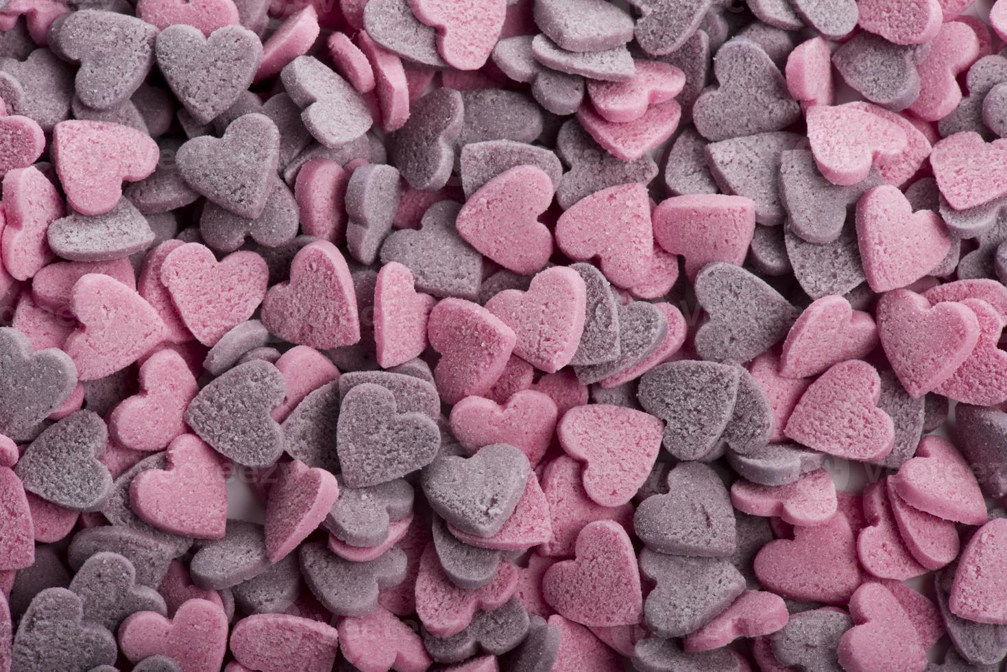 deliciosos biscoitos em forma de coração feitos à mão foto