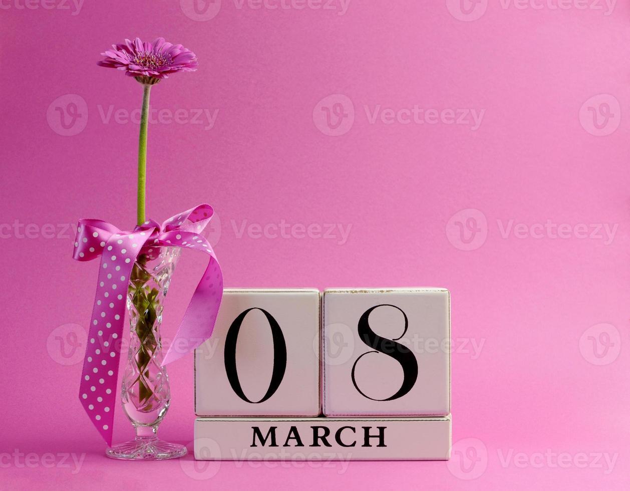 tema rosa salvar a data para o dia internacional da mulher foto