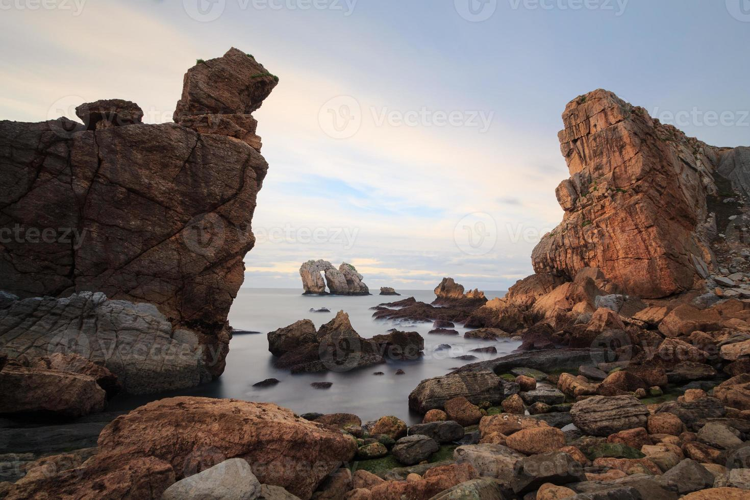 as costas rochosas do norte da Espanha, liencres foto