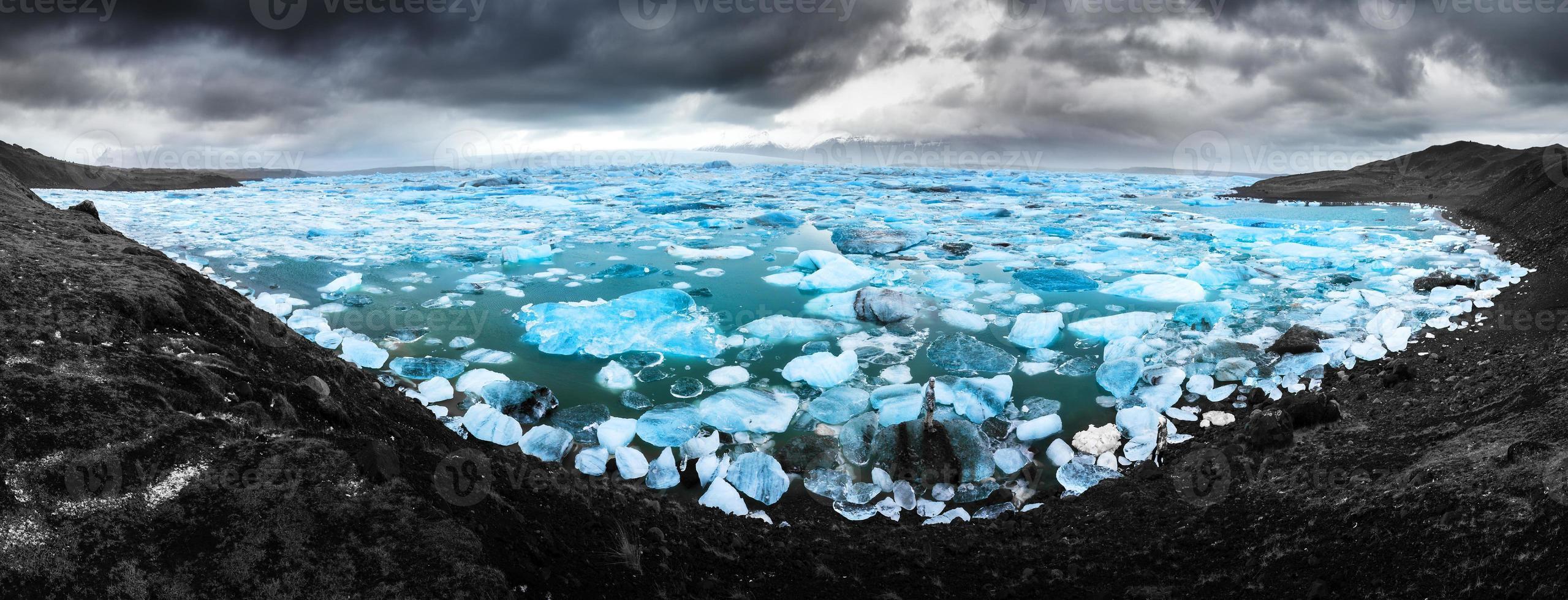 jokulsarlon azul e preto foto