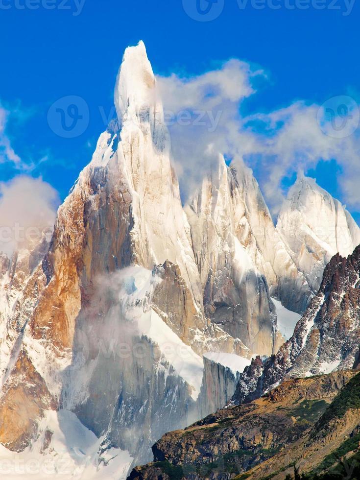 cerro torre Summit na patagônia, américa do sul foto