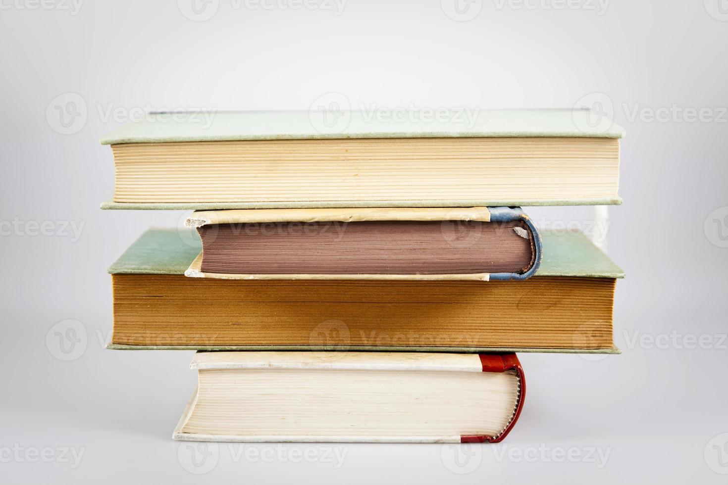 pilha de livros foto