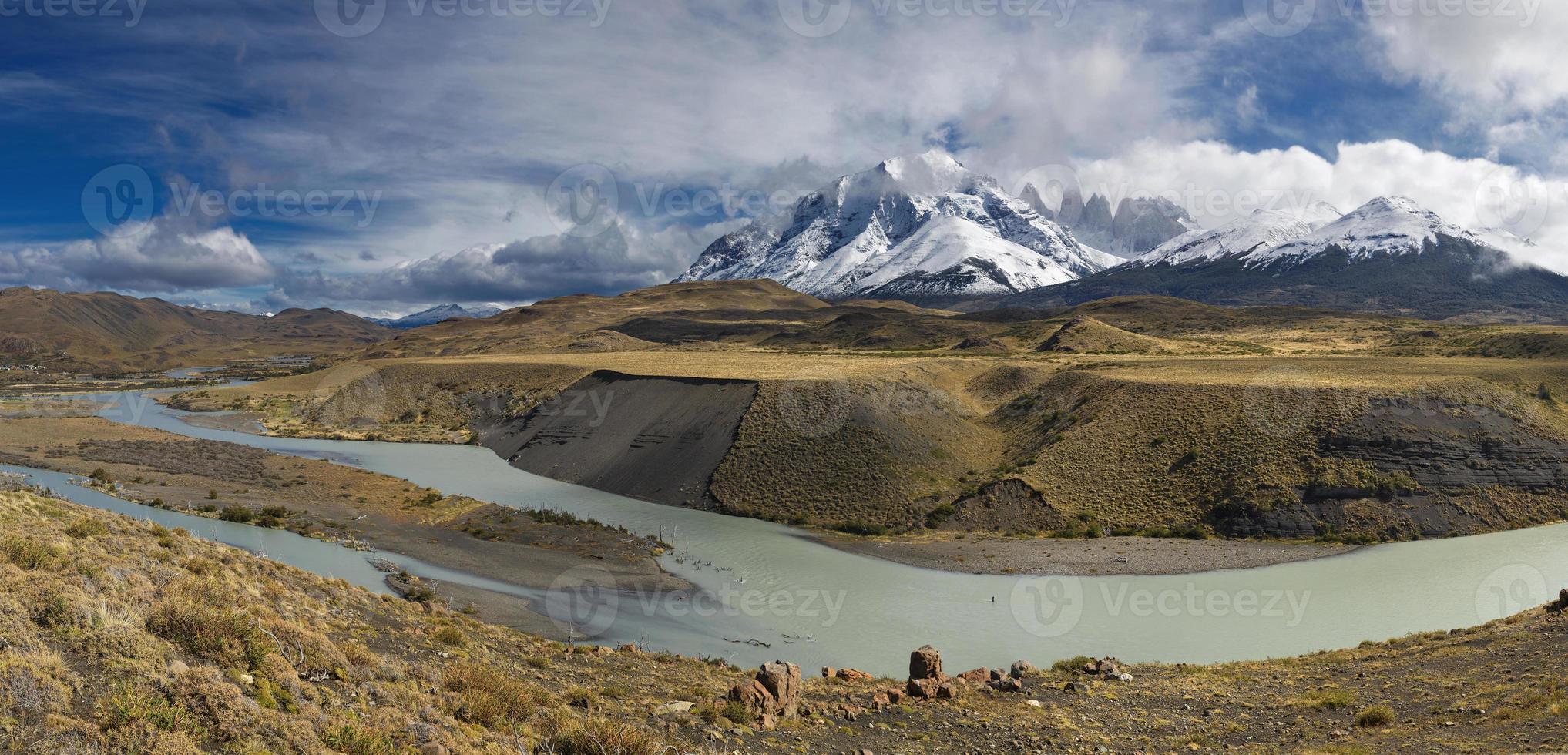 parque nacional torres del paine, patagônia, chile foto