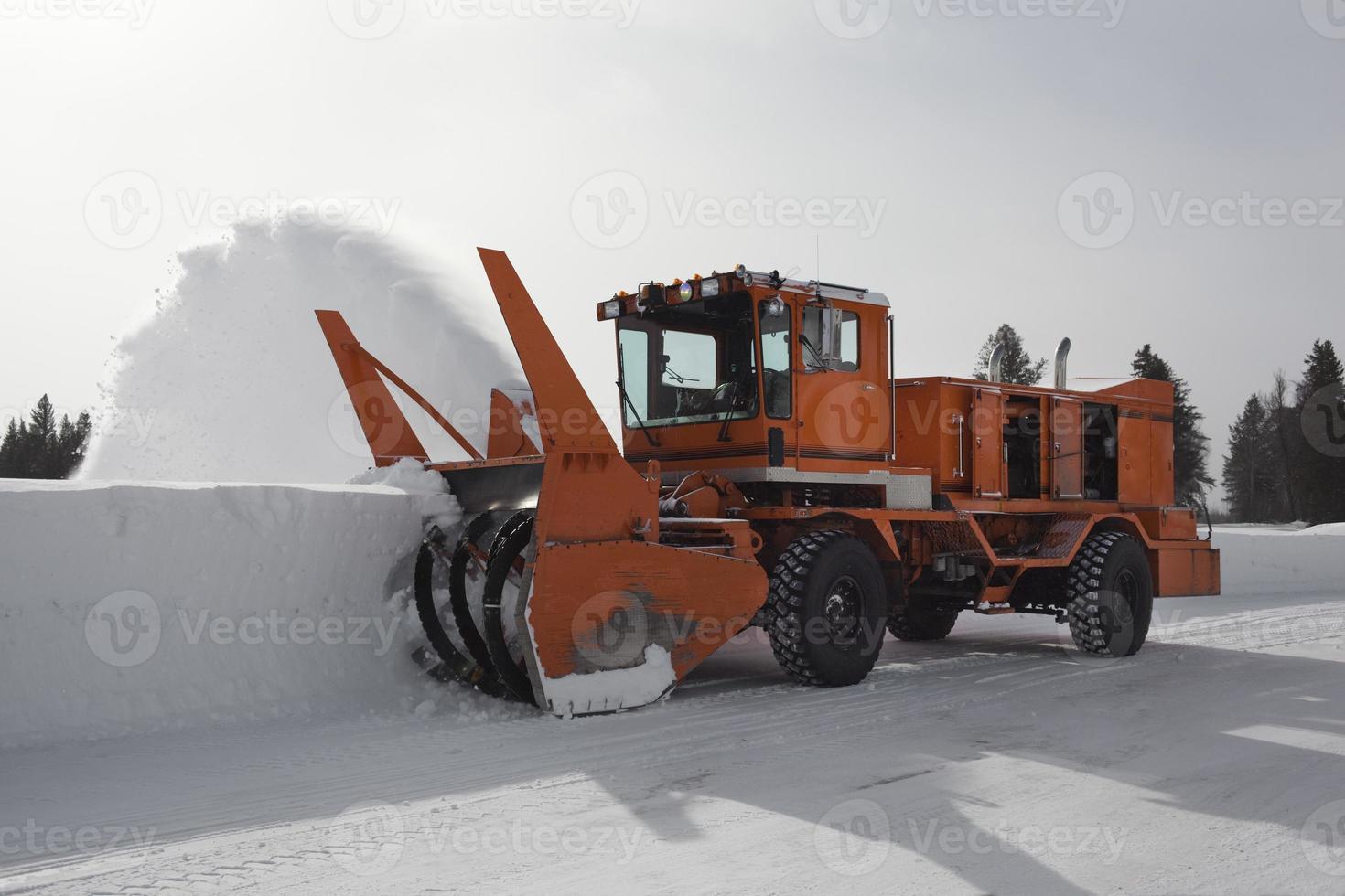 grande remoção de neve foto