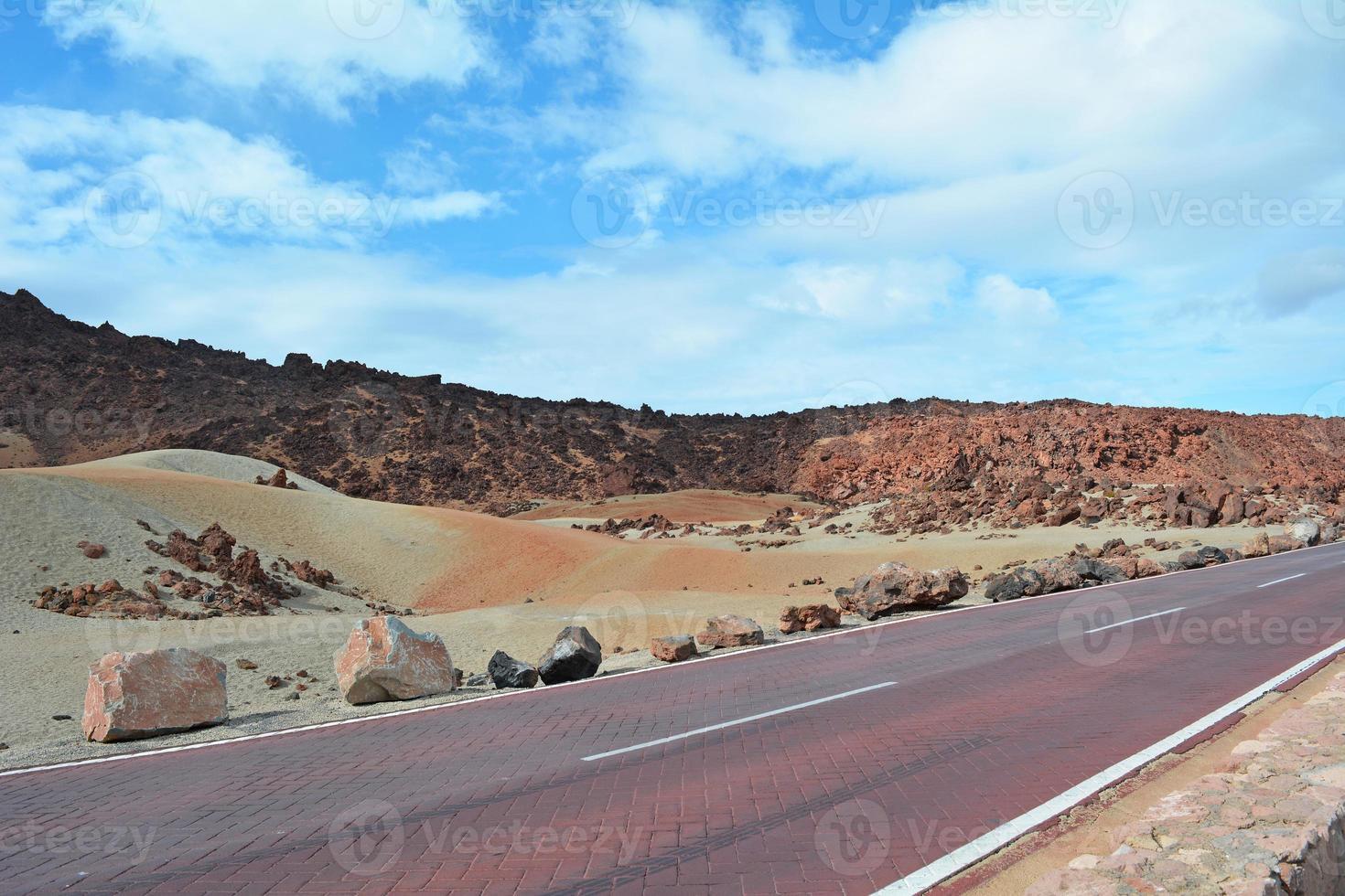 paisagem vulcânica em teide, tenerife, ilhas canárias, espanha foto