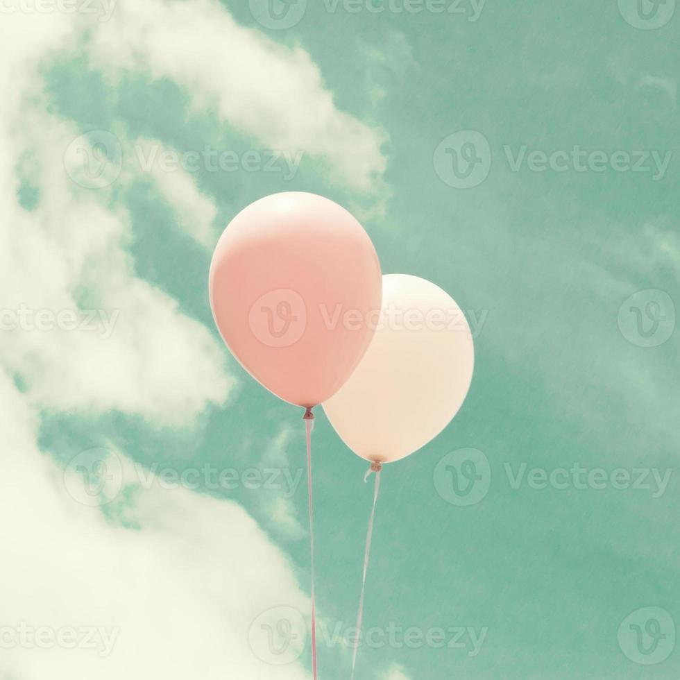 balões pastel coloridos foto