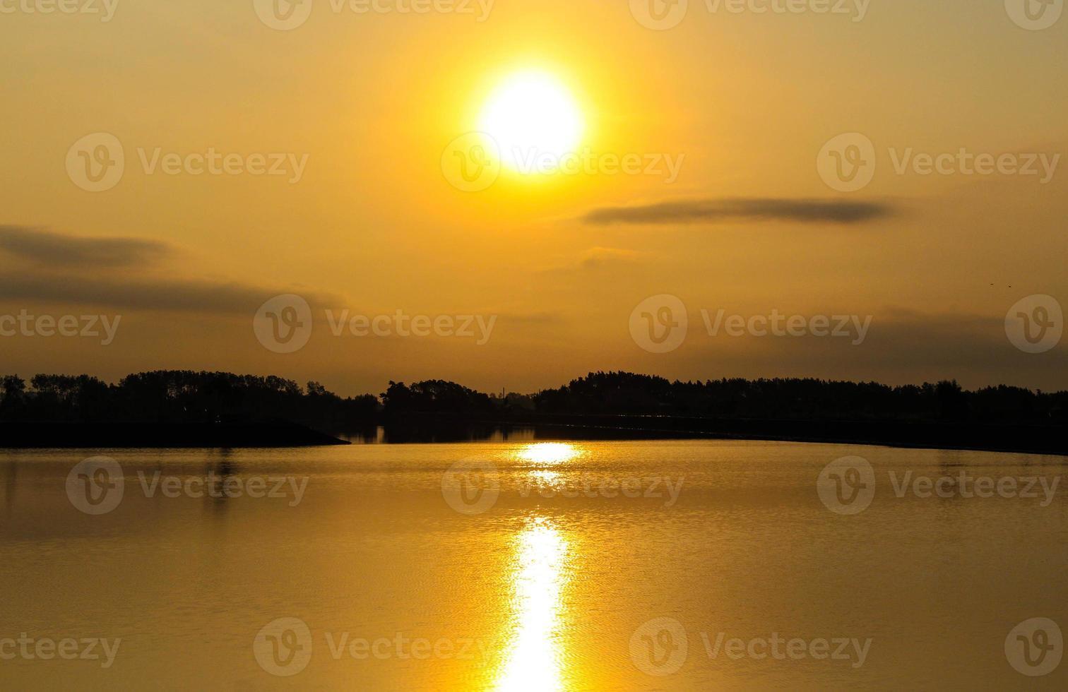 luz da manhã foto