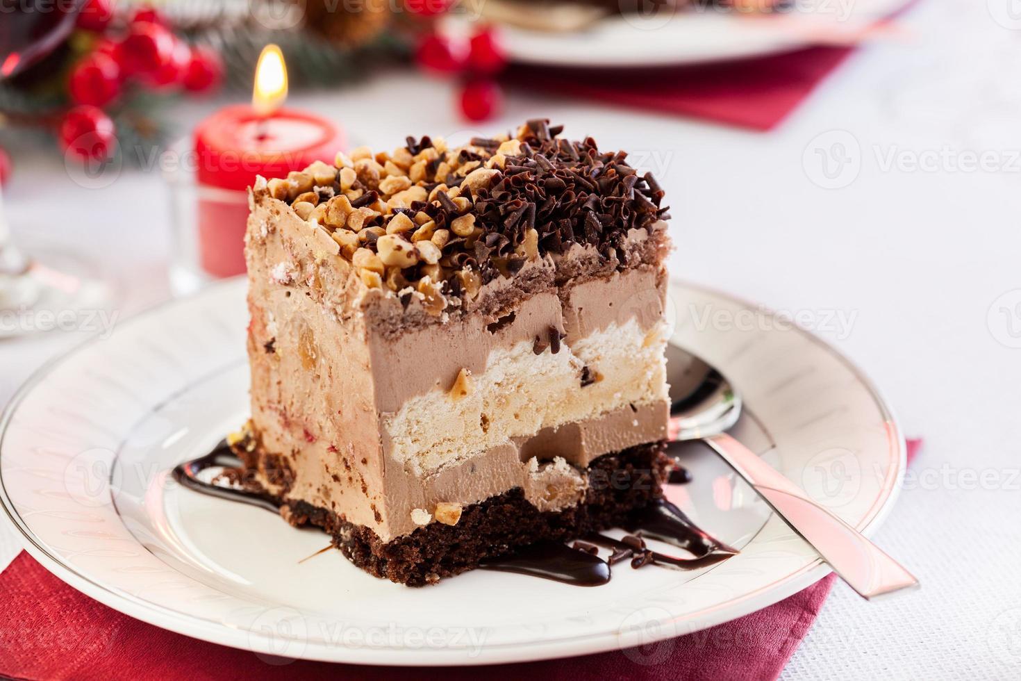 pedaço de bolo de merengue foto