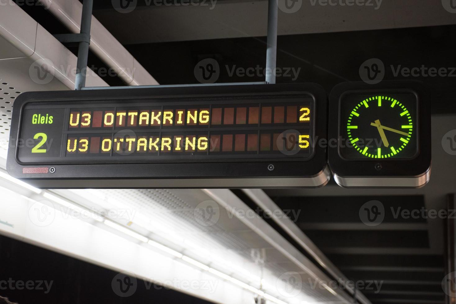 estação de metrô em viena foto