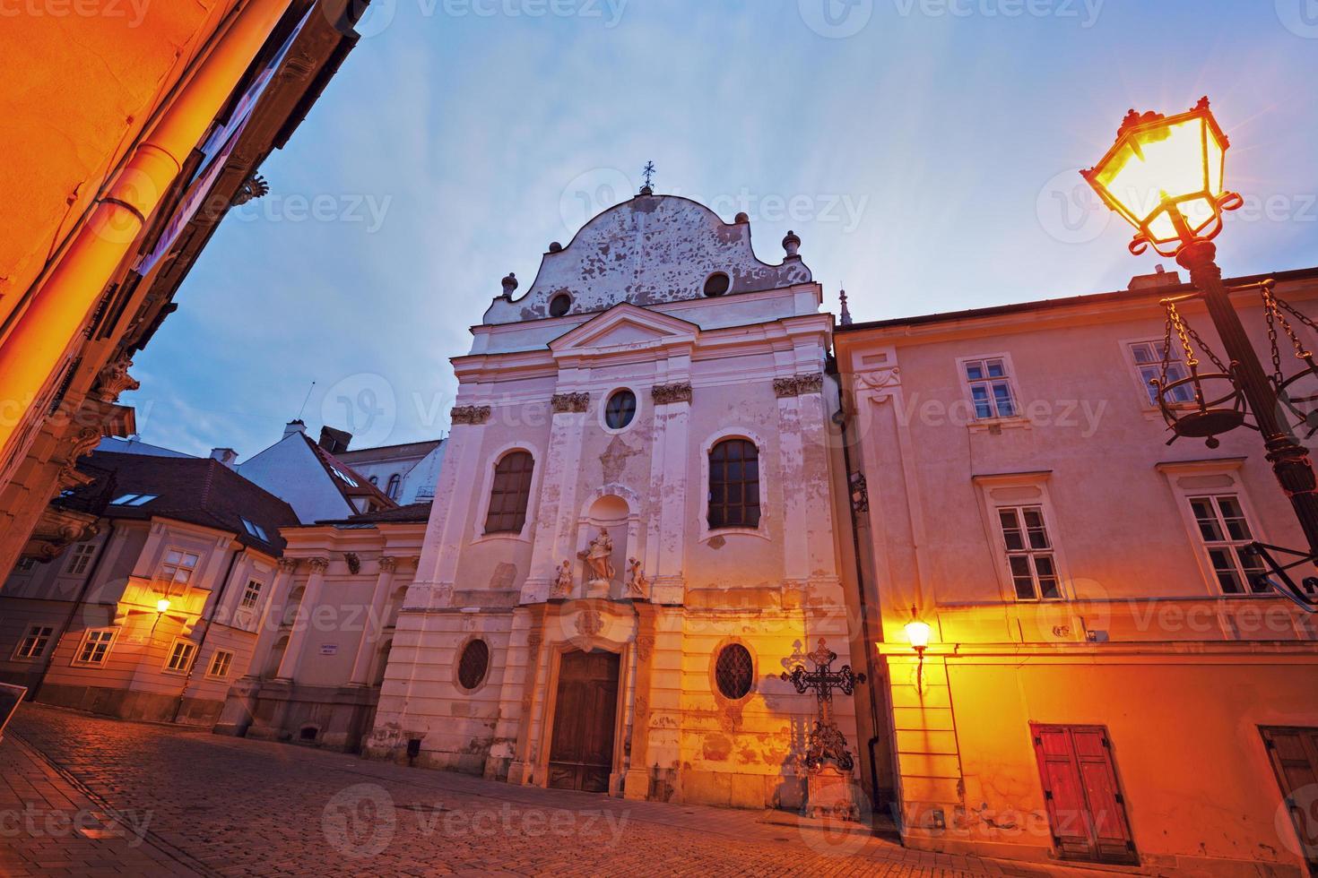 igreja franciscana em bratislava foto