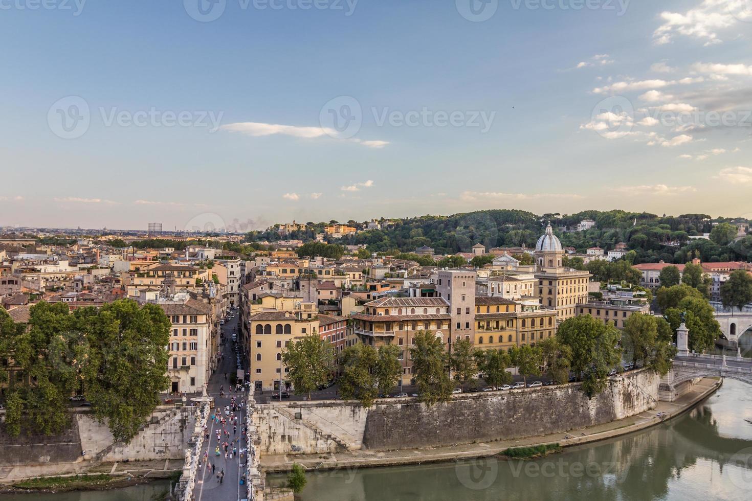 Rio Tibre em Roma Itália foto