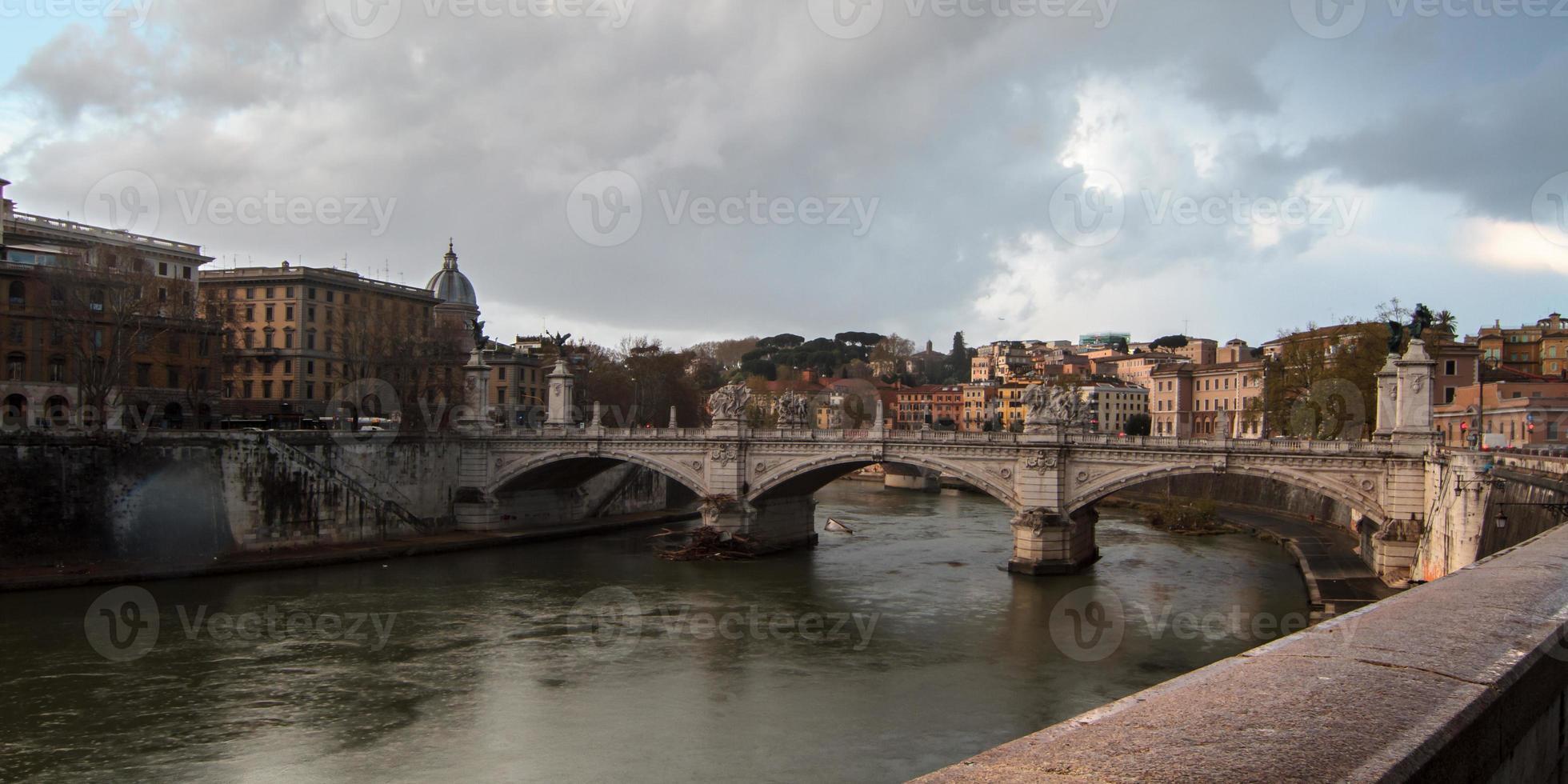 ponte romana foto
