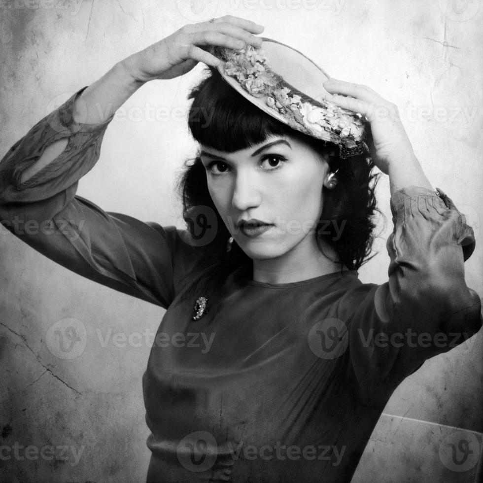 retrato retrô de mulher em 1920. foto
