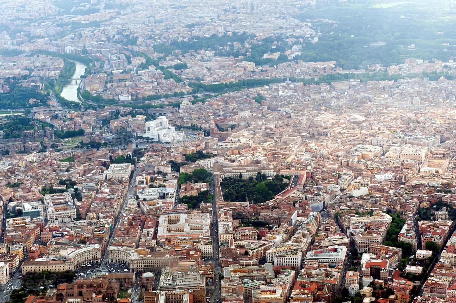 fotografia aérea de roma e vaticano foto