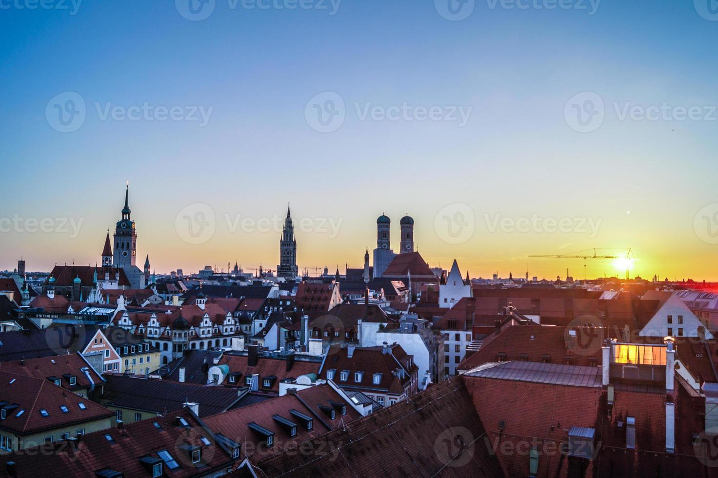 Sonnenuntergang Panorama München foto