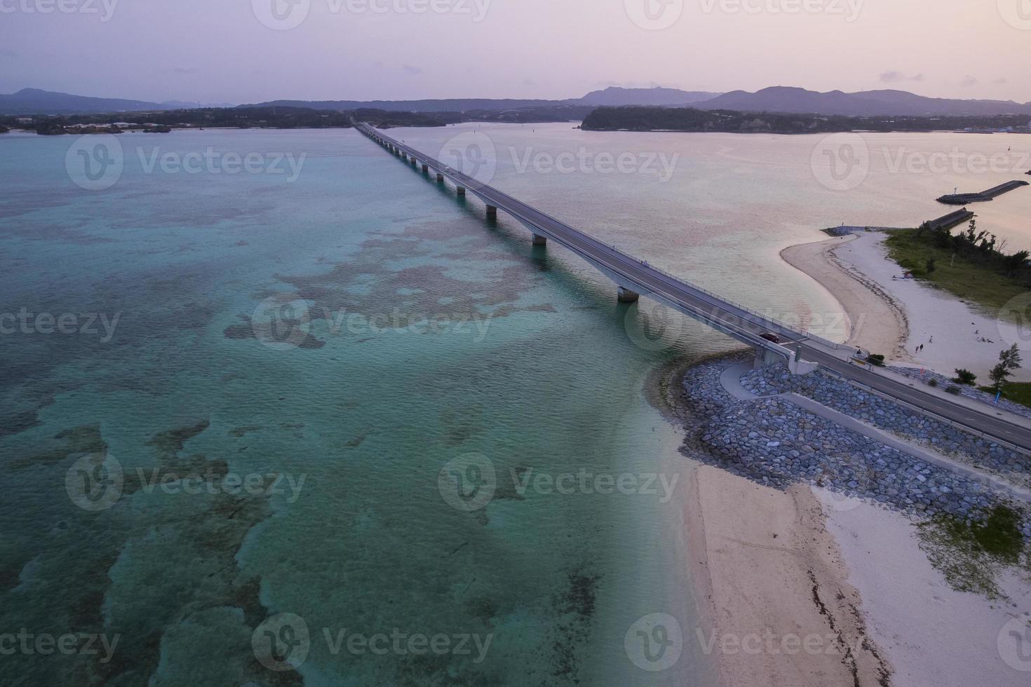 okinawa sunset droneaerialshoot kouri island 古 字 利 島 foto