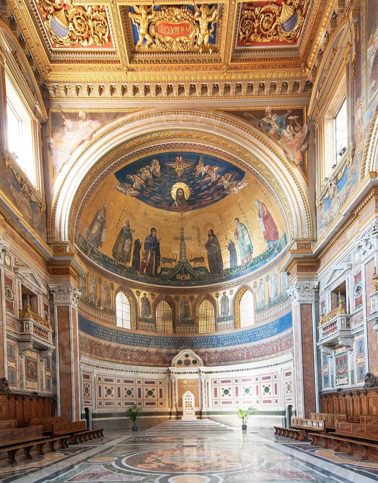 basílica papal de st. joão lateran (roma, itália) foto