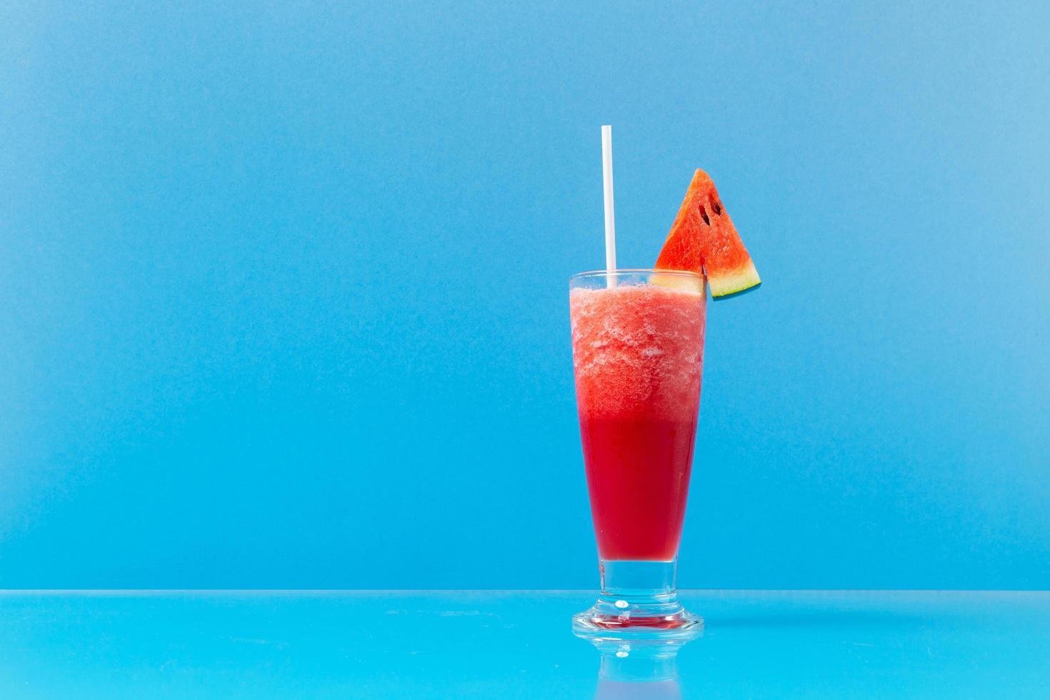 bebida de melancia fresca foto