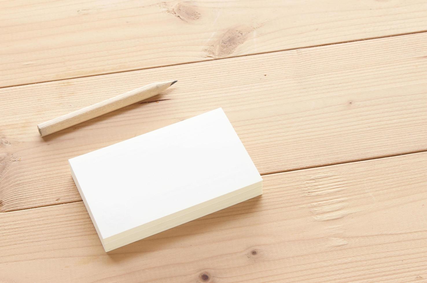 cartão de visita com maquete de lápis foto