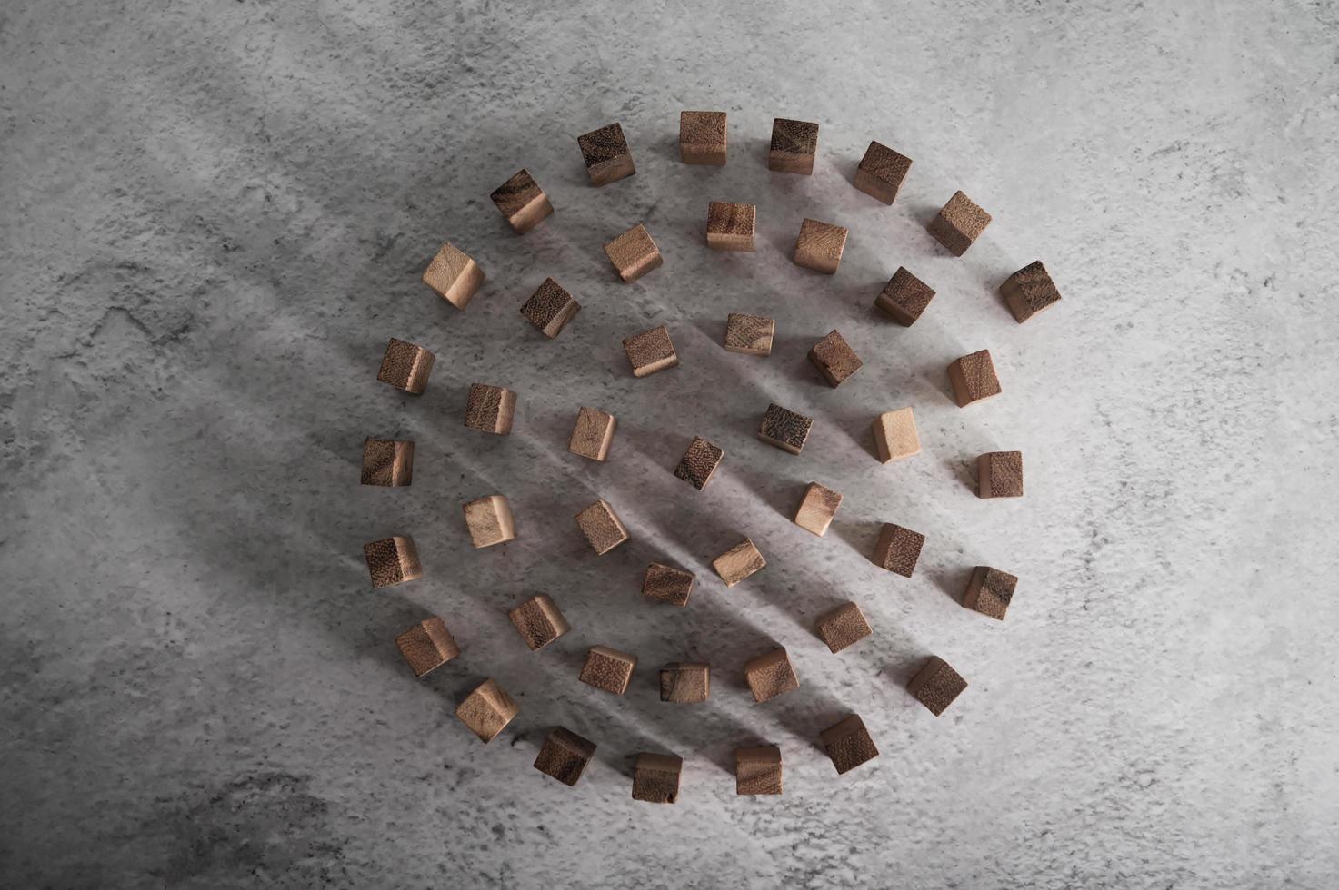 blocos de madeira, usados para jogos de dominó foto