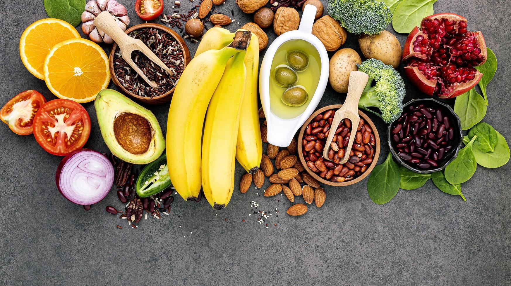 alimentos orgânicos frescos foto
