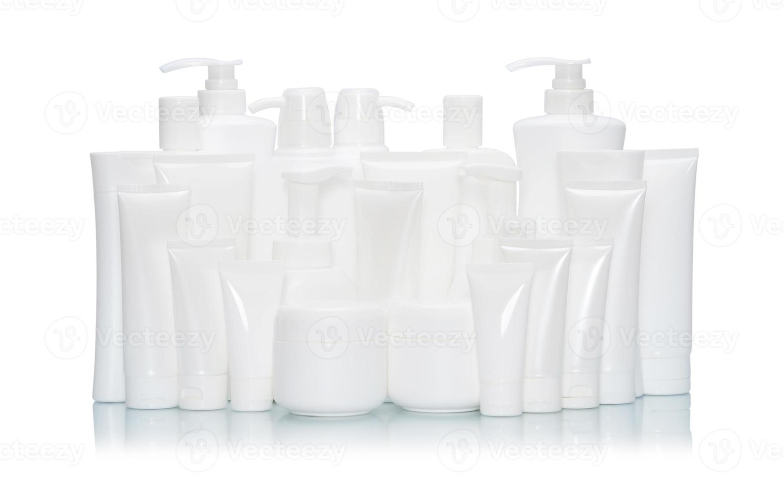 frasco cosmético branco simulado conjunto isolado no fundo branco foto