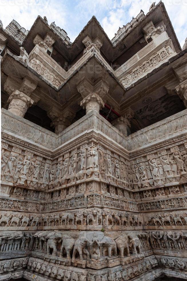 templo jagdish em udaipur, rajasthan, índia foto